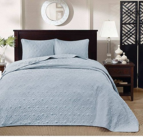 3 Piece Beautiful Blue Queen Bedspread Set Medallion Themed Bedding Flower Floral Paisley Pretty Oversized Lush Rich Trendy Chic Stylish Classic Soft Pretty Microfiber